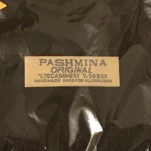 Brand New Pashmina Scarf! - Black